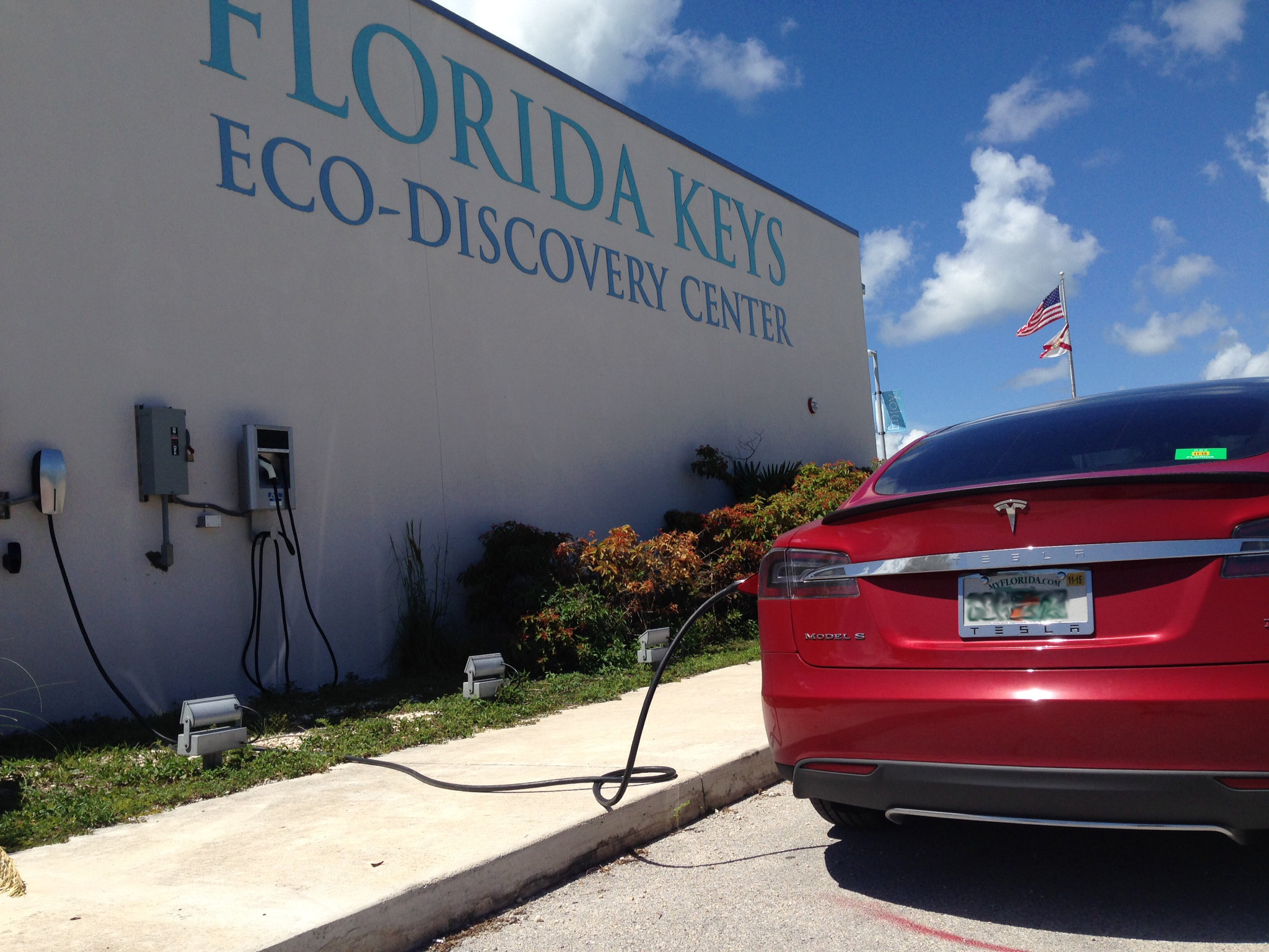 Electric Car Charging Station Installed At Noaa S Florida Keys Eco